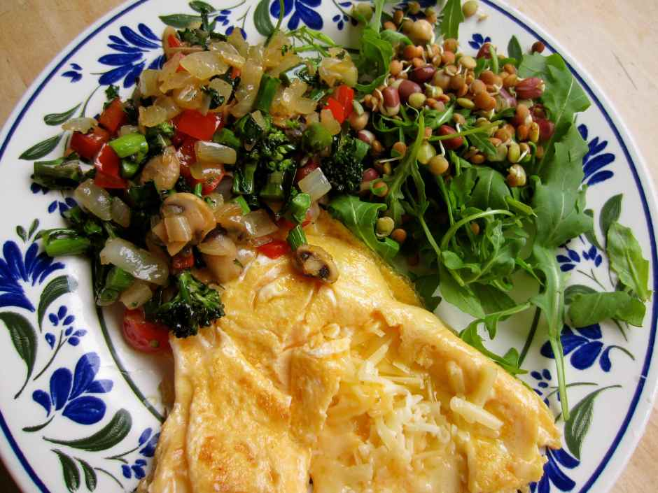 cheese omelette and veg