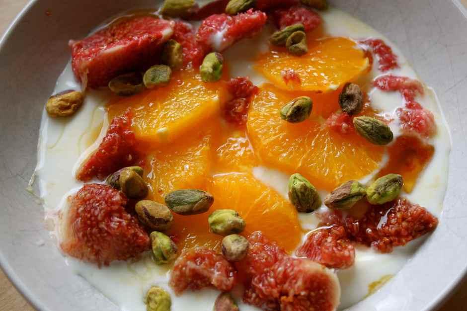 yogurt, orange, fig and pistachio
