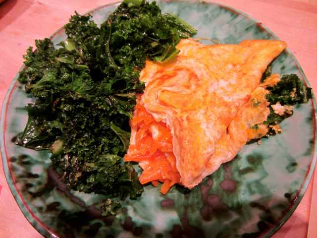cheese omelette and kale 2