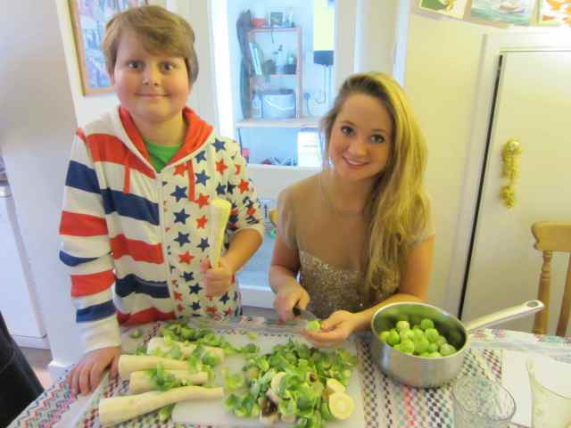 H and L preparing Christmas Dinner