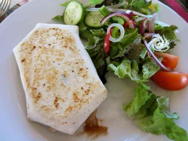 Med veg wrap in Jasin's