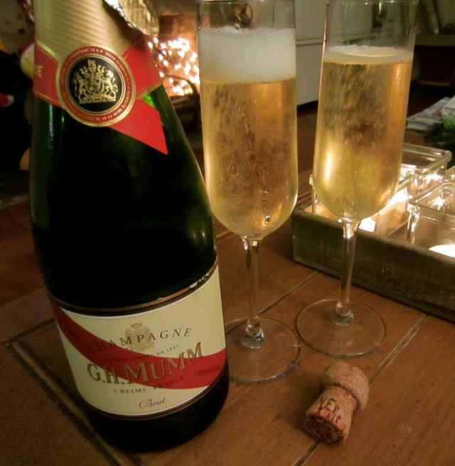 Mumm champagne