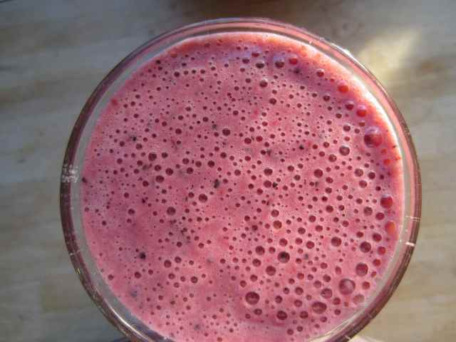 Strawberry smoothie 2-12-12