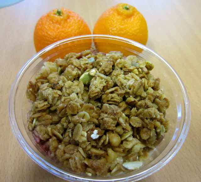 granola and clementines