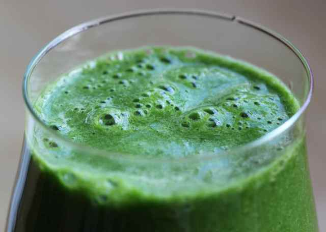 green smoothie 27-1-13 close up