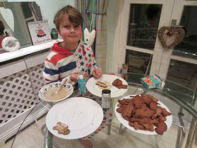 Making gingerbread men