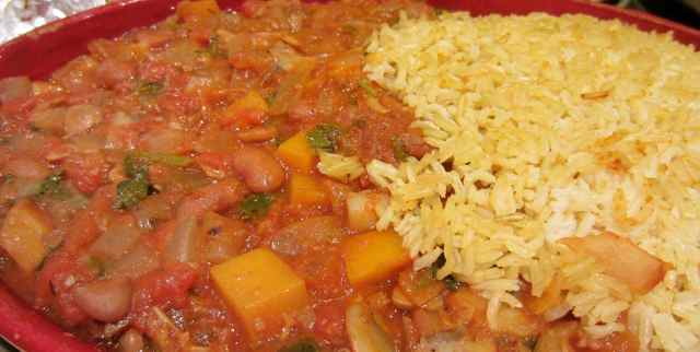 Pinto bean chilli and rice