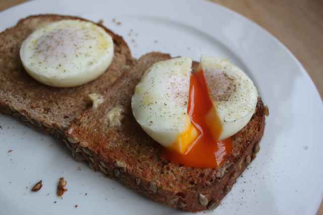 poached eggs on 2 toasts