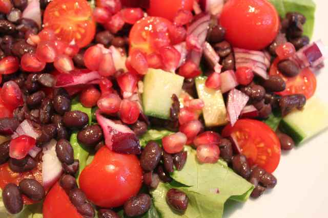 pomegranate and black bean salad 1
