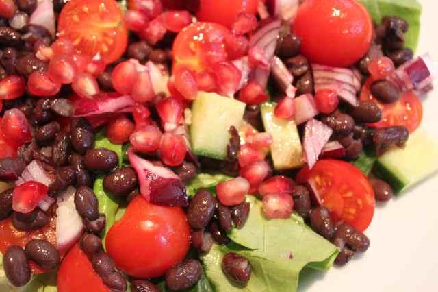 pomegranate and black bean salad 1