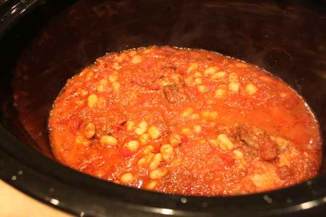 Pork 'n' beans in crock pot