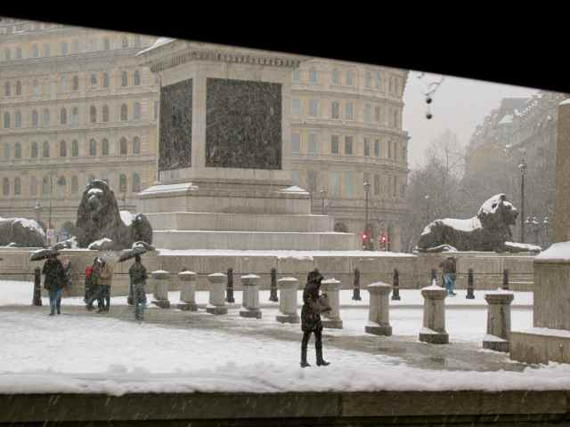 snow in Trafalgar Square