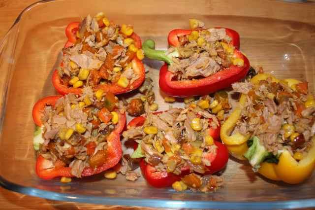 Tuna stuffed peppers