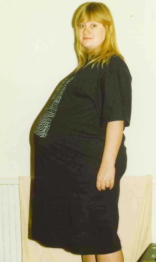 Very pregnant Zoe