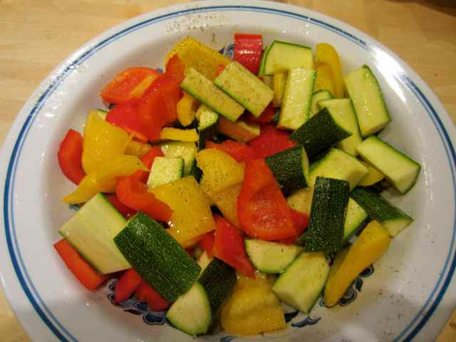 bowl of peppers and courgettes