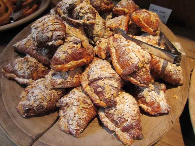 Almond croissant Monmouth