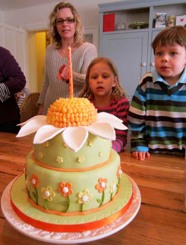 Aunty's cake