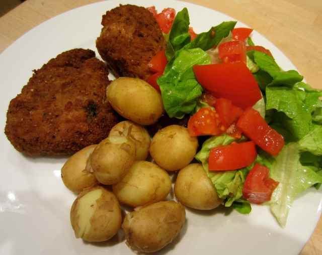 chicken, potatoes and salad