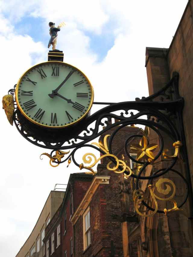Large clock in York