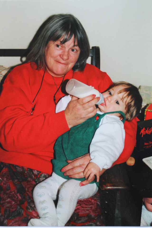 Mummy feeding Lara