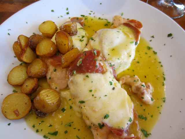 chicken with sautee potatoes