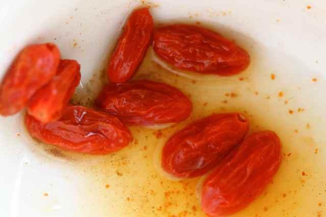 Juicy goji berries