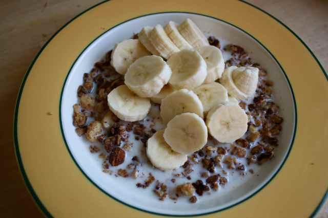 Nutty granola and banana