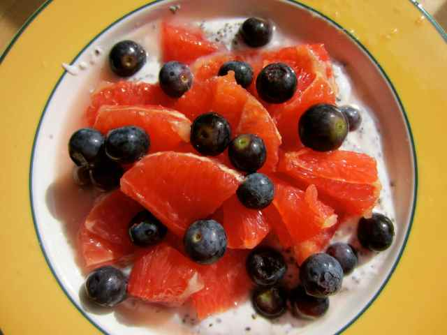pink grapefruit, blueberries