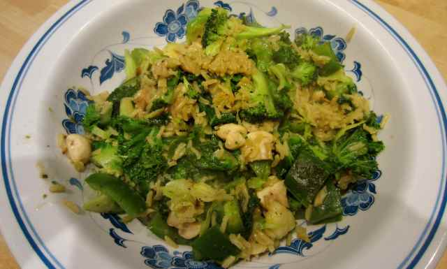 Thai style veg and rice stir fry