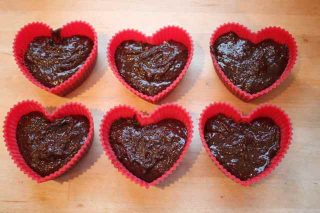 6 heart moulds