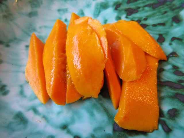 Alphonso mango 15-5-13