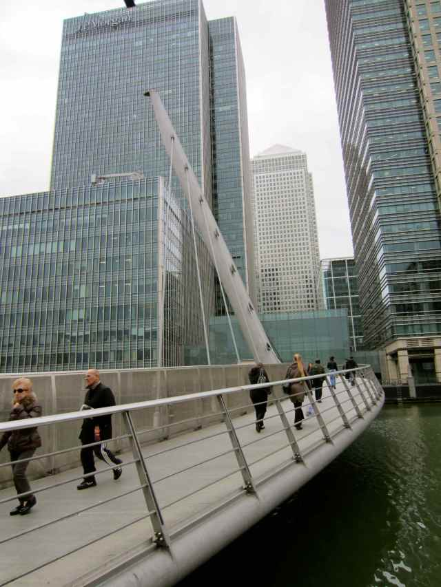 bridge over to Canary wharf