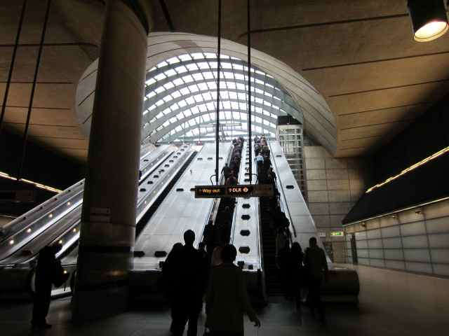 escalators out of Canary Wharf