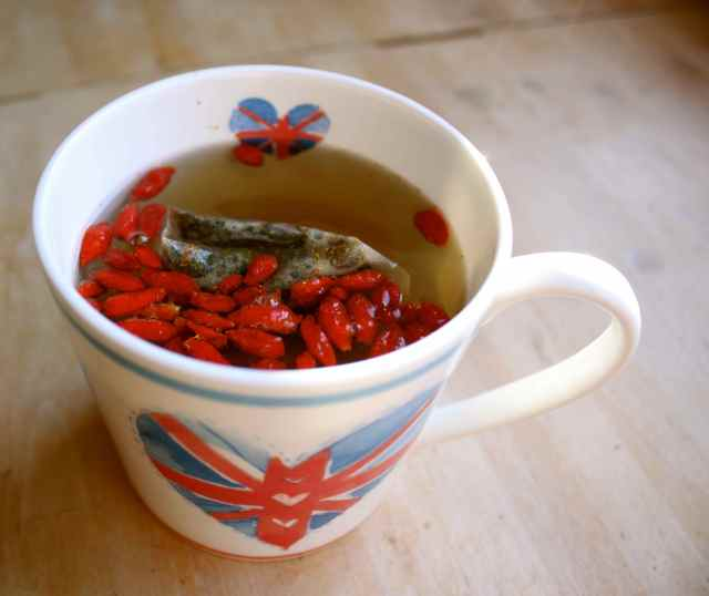 Goji green tea