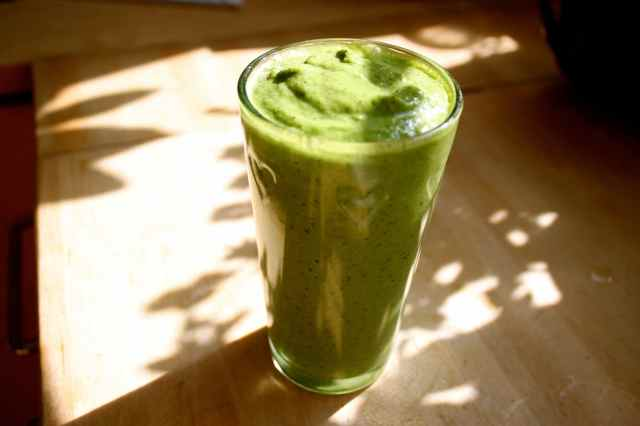 green smoothie 25-5-13