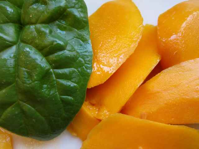 mango and spinach