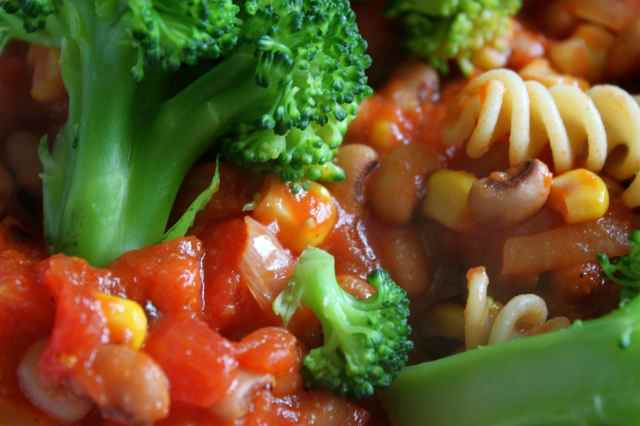 Pasta with broccoli and beans