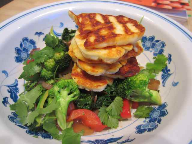 vegetables and halloumi