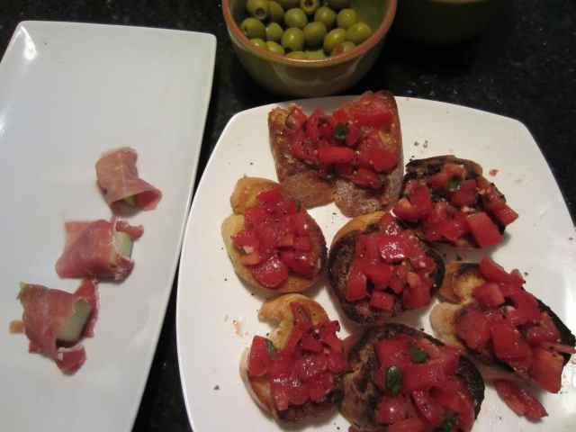 brushettas and ham and melon