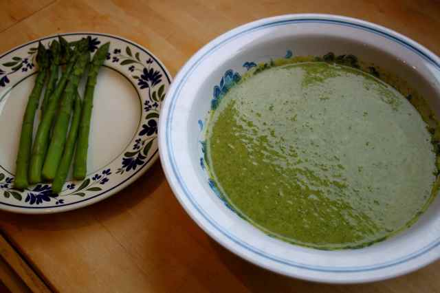Gorgeous Green Soup amd asparagus