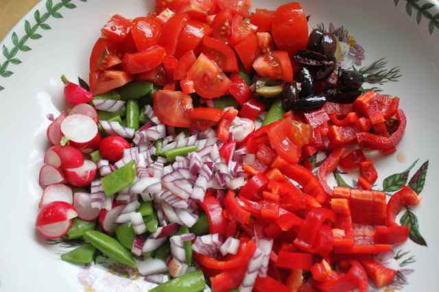 making salad 9-6-13 1