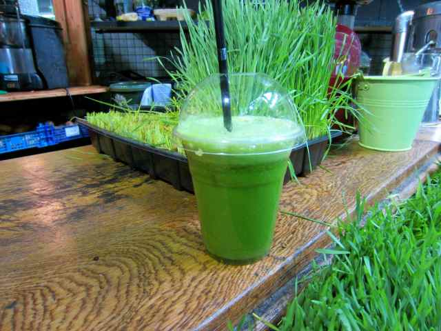 Green juice and wheatgrass