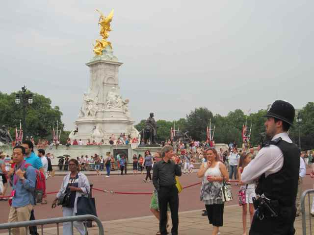 Policeman near Vic Memorial