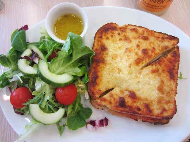 toastie and salad