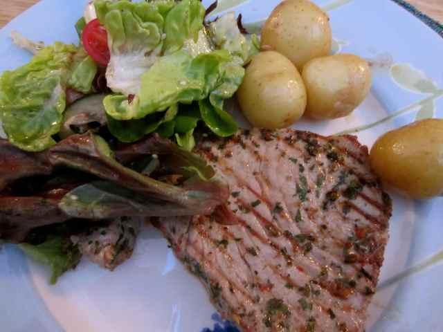 tuna steak and salad