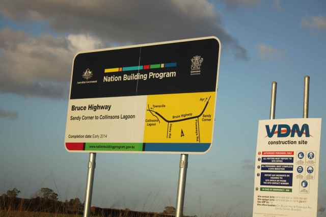 Bruce Highway road works sign