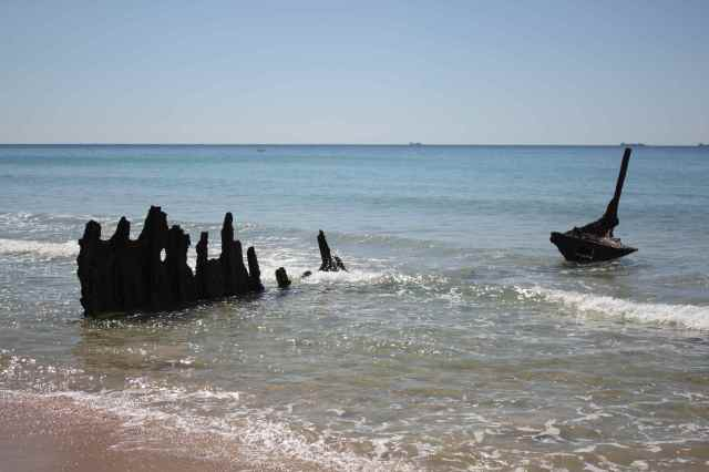 wreck at Dicky Beach