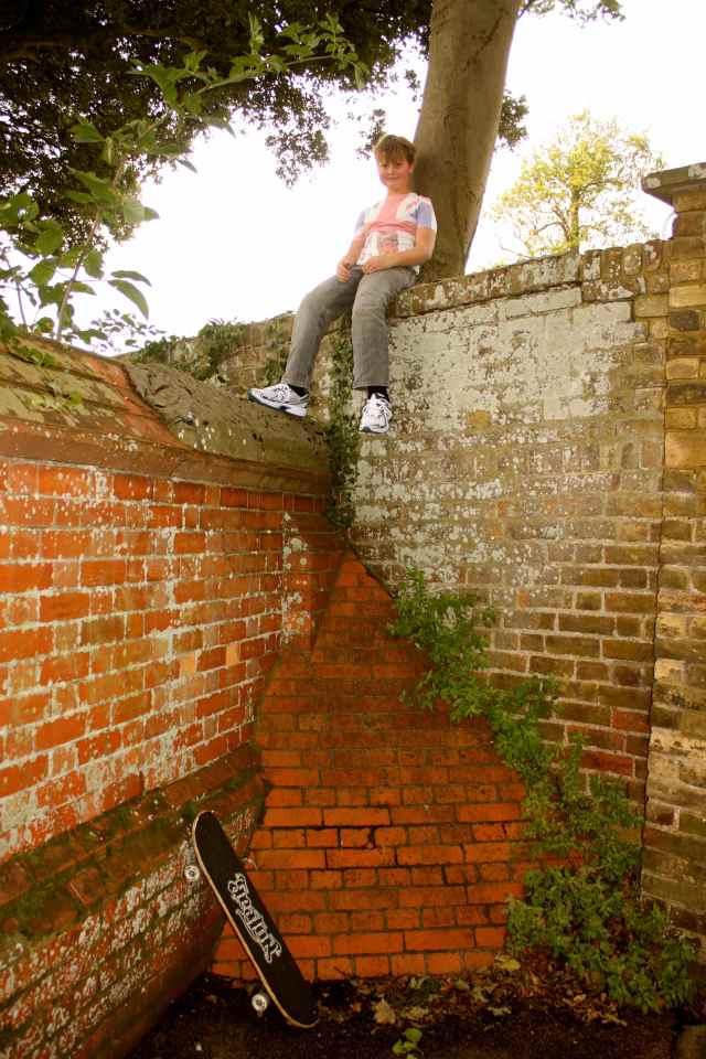 3 way wall