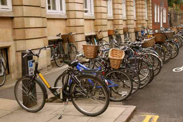 bicycles in Coambridge
