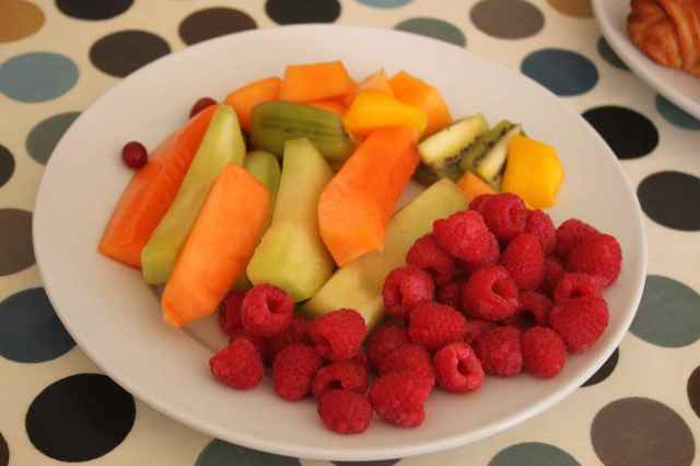 birthday fruit plate